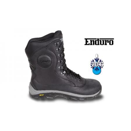 boty z usně s přírodním lícem, odolné vůči vodě,  s trvanlivou gumovou podešví VIBRAM(R).